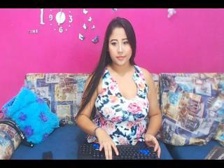 NicoleReed Live