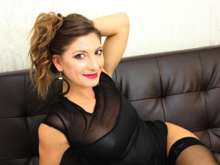 Voir le liveshow de  IsabelleeX de Xlovecam - 26 ans - I love having sex..all of it..what I mean? vaginal, oral, anal, sex toys playing, sucking, sexy ...