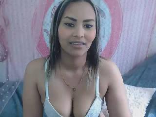 Salmafalu nude on cam