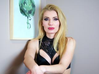 lovesophiex live sex chat
